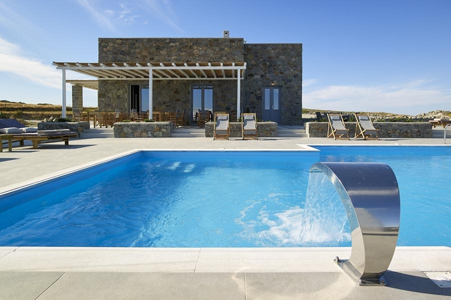 About us, Lithos Luxury Rooms: Milos Island rooms pool sea view